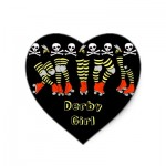 roller_derby_heart_shaped_stickers-p217582255361073483bf983_400